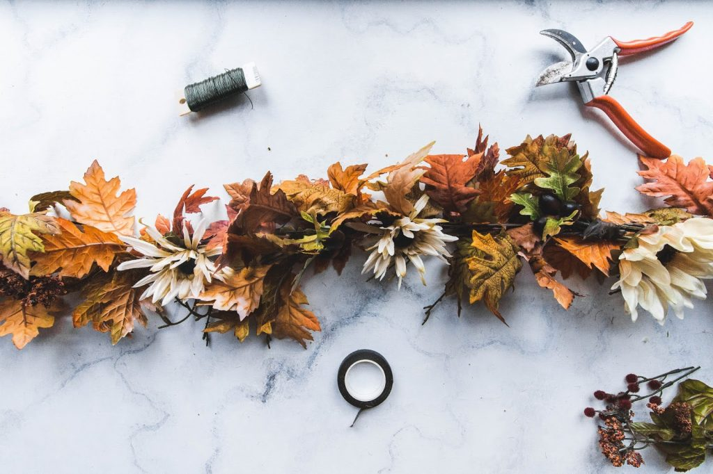 a beautiful garland ready to hang on your fall doorstep