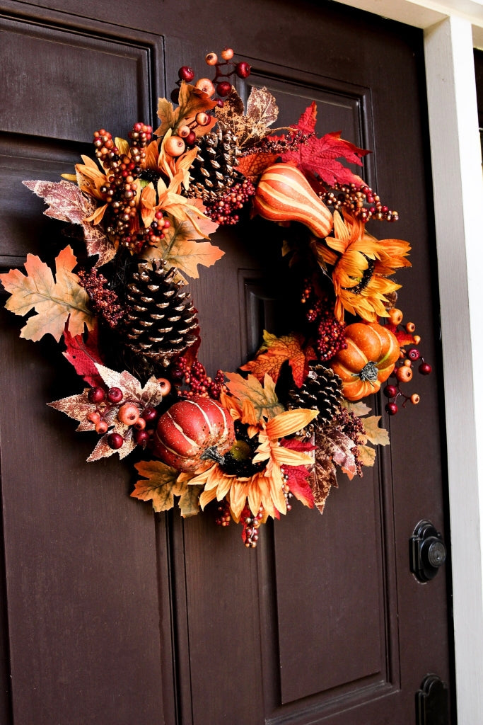 The perfect wreath for front door fall décor