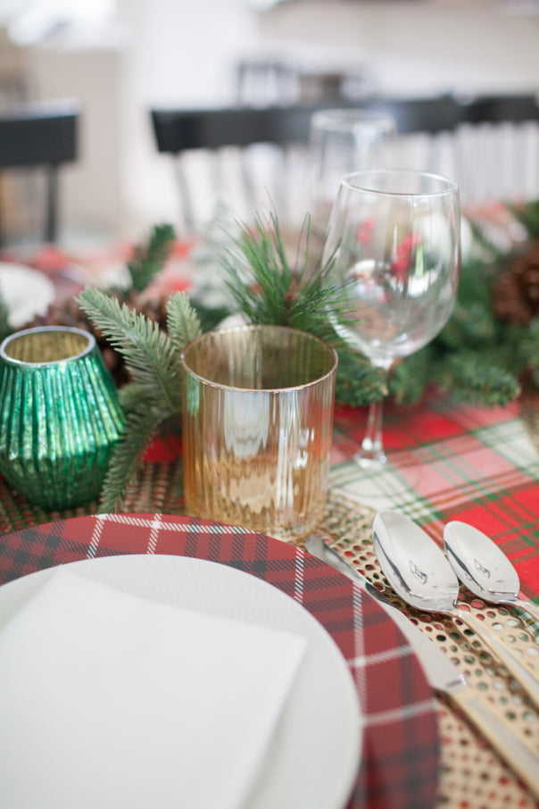 wine glass, tabletop, tablescape, holiday dinner