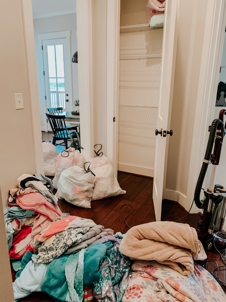 storage ideas for a closet cleanup