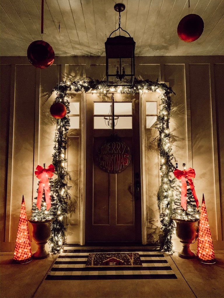 Another view of the Christmas porch