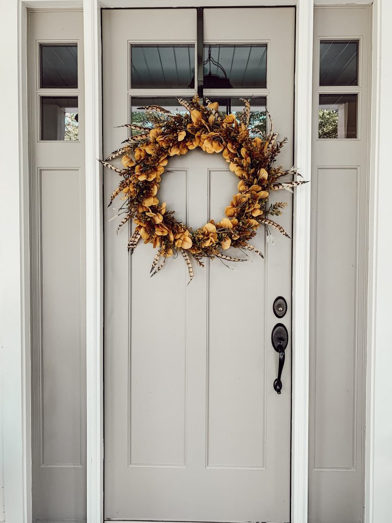 An awesome autumn inspired wreath