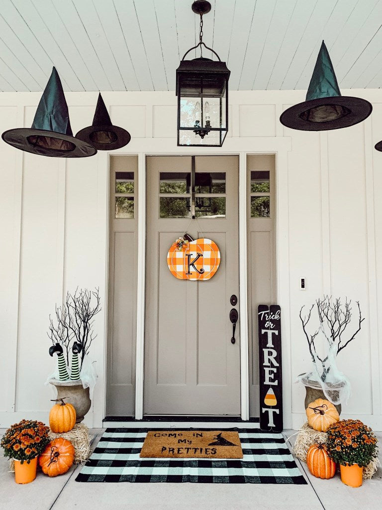 faux pumpkins that look like the real thing