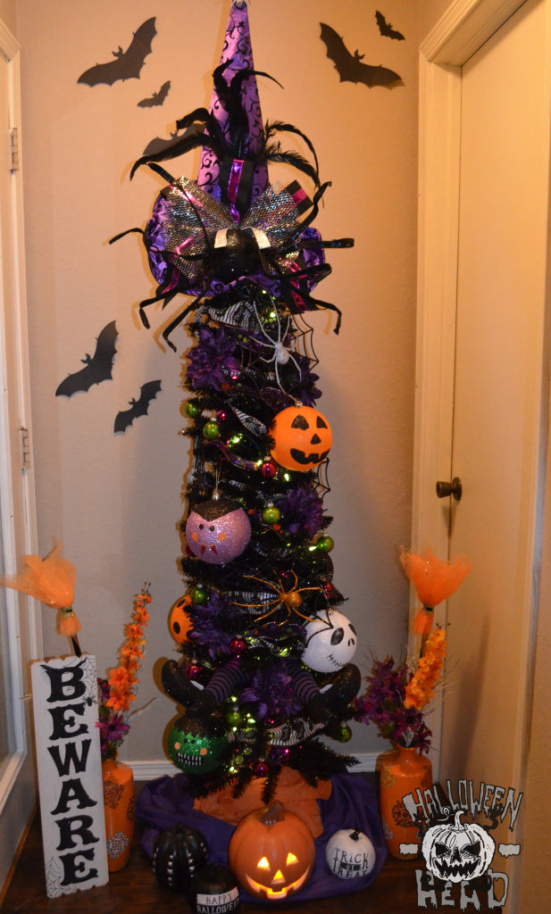 The completed Halloween tree