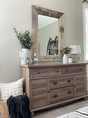 bedroom makeover, home accents, greenery, wall art