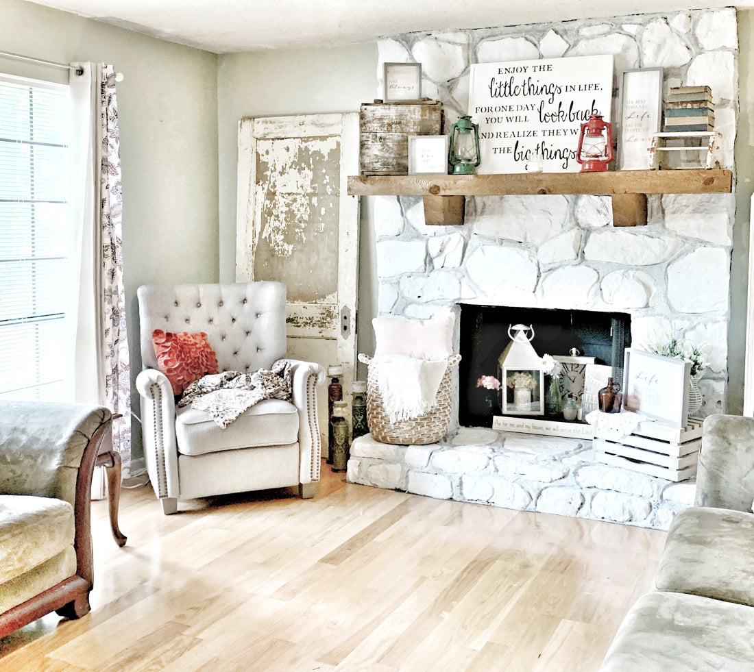 a refreshed living room, vintage and new
