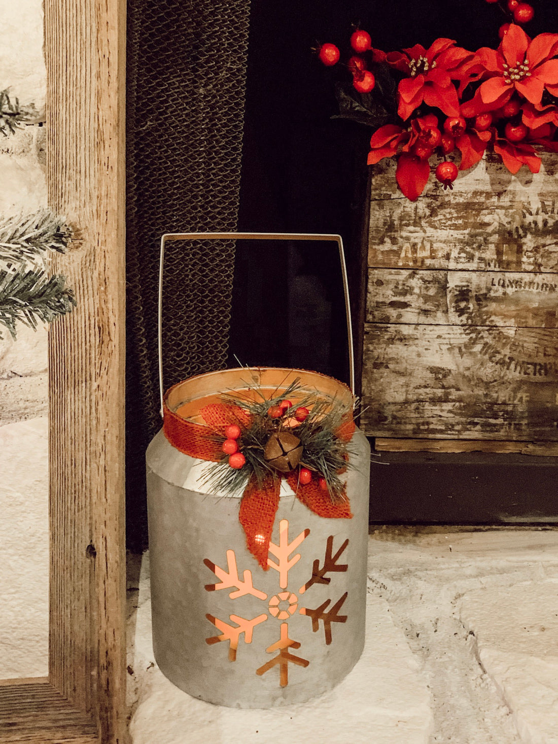 christmas decor, mantel inspiration, farmhouse christmas
