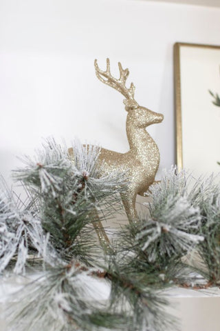 reindeer accents, garlands, holiday floral