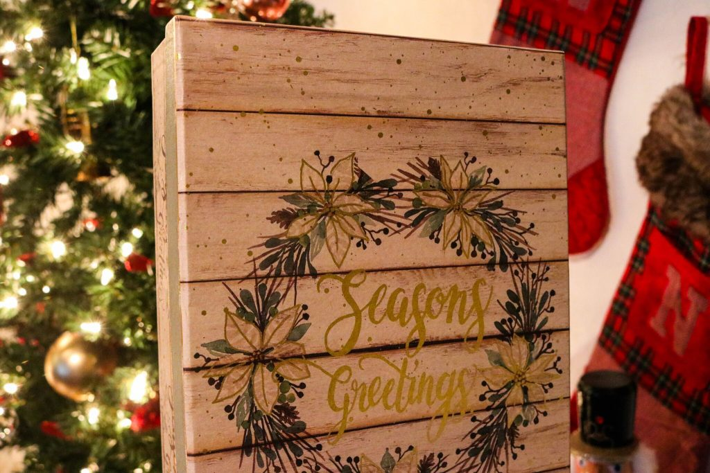 a Christmas container with seasons greetings