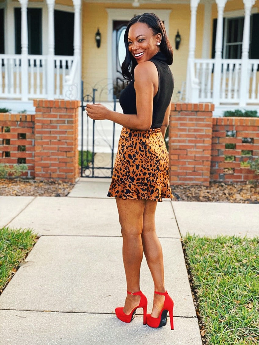 How To Pair A Leopard Skirt With Red Heels