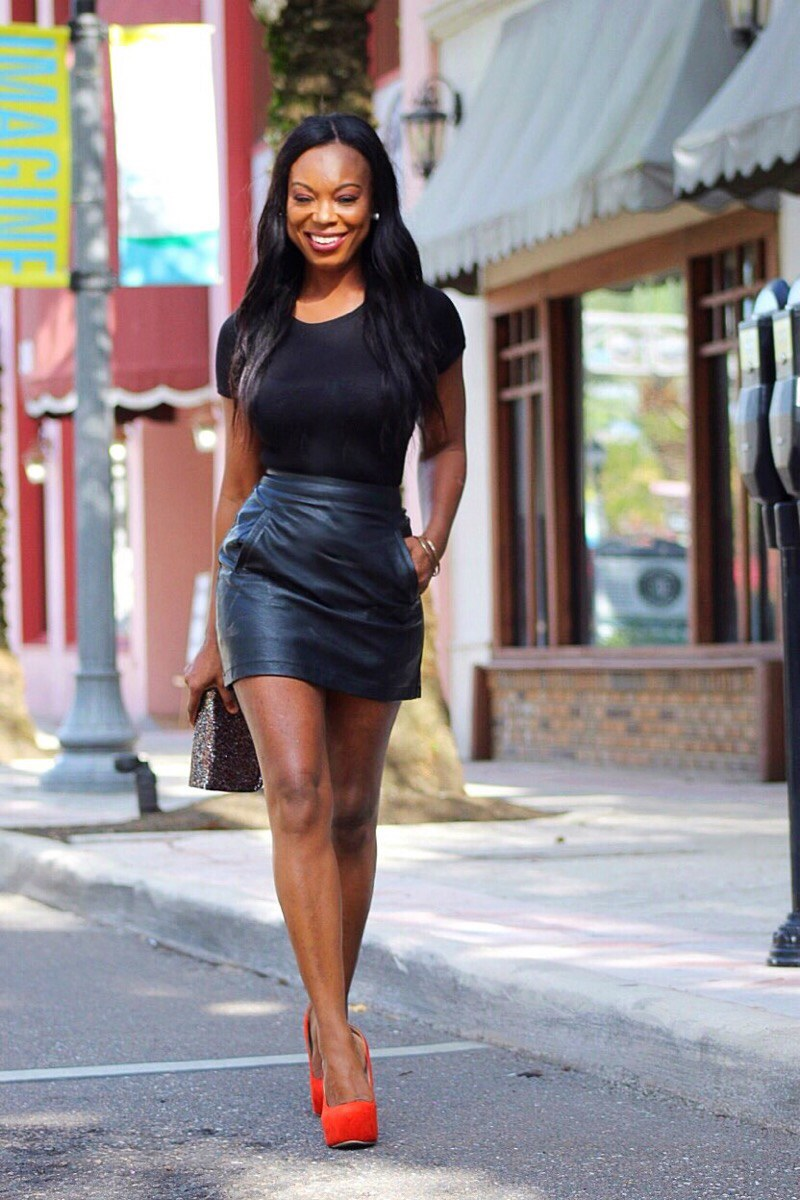 Don't Look Back Simple Leather Skirt