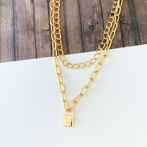 Layered Look Necklaces :: Abril Lock Layered Necklace - Gold
