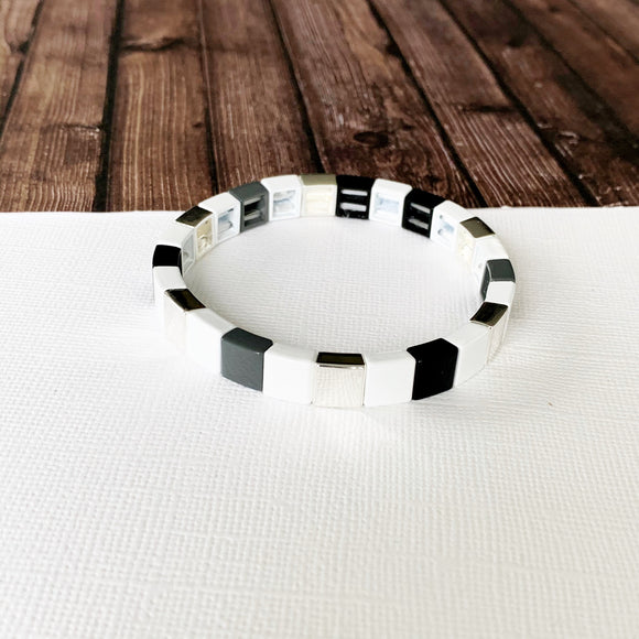Boutique Bracelet Collection :: Lily Neutral Silver Tile Bracelet