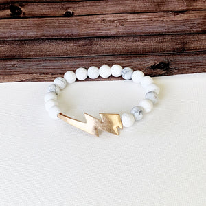 Boutique Bracelet Collection :: Jessa Natural Stone - Howlite