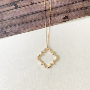 Baubles & Bits Boutique Necklaces :: Lyra Gold Clover Midi Necklace