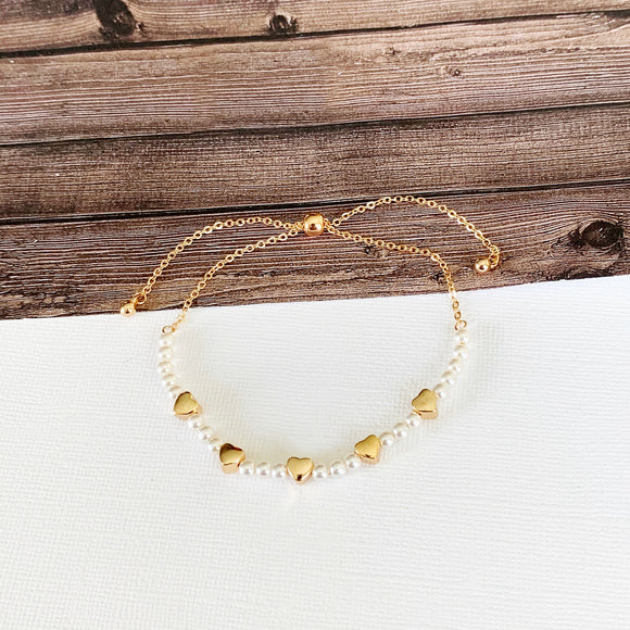 Boutique Bracelet Collection :: Amia Gold Heart Slider Pearl Bracelet