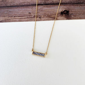 Baubles & Bits Boutique Collection :: Kehlani Grey Agate Bar Short Necklace