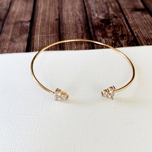 Dainty Cuff Bracelet Collection :: Teresa Gold Delicate Triangle Cluster Cuff Bracelet