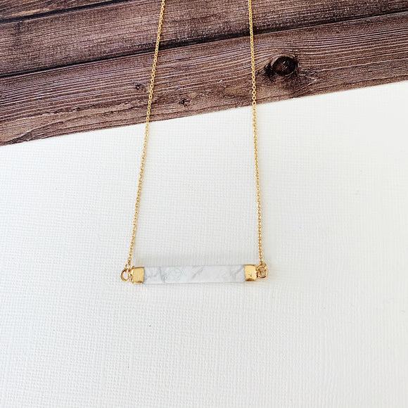 Baubles & Bits Boutique Collection :: Maisie Howlite Bar Short Necklace