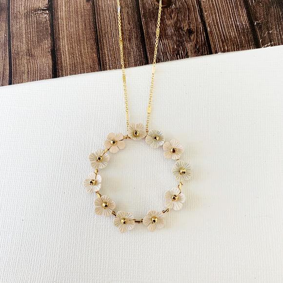 Spring Refresh Necklace Collection :: Cathy Natural Floral Hoop Pendant
