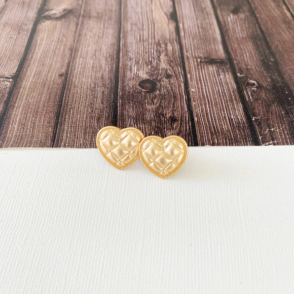 Baubles & Bits Boutique :: Galilia Quilted Gold Heart Post-backs