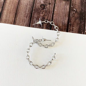 "Hoopla Hoop Earring Collection :: Emmah Silver 1.5"" Chain Linked Hoops"