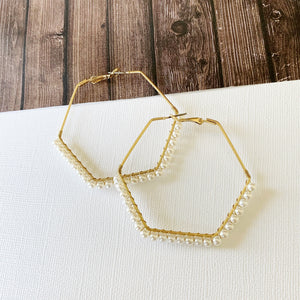 "Hoopla Hoop Earring Collection :: Kaylee Gold Pearl 2.5"" Hexagon Hoops"