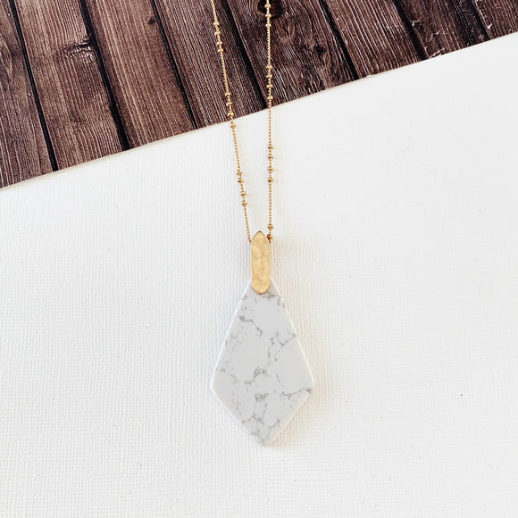 Spring Fever Necklace Collection :: Zion Howlite Natural Stone Slice Pendant