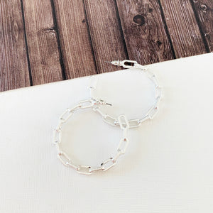 "Hoopla Hoop Earring Collection :: Celia Silver 1.5"" Chain Linked Hoops"
