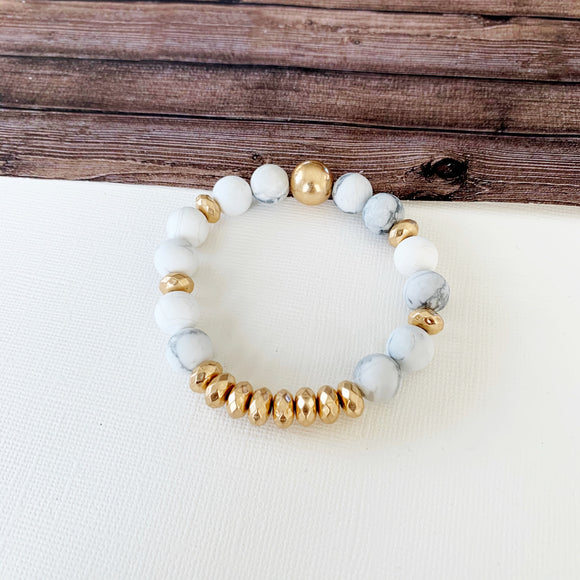 Boutique Bracelet Collection :: Cecelia Natural Stone - Howlite