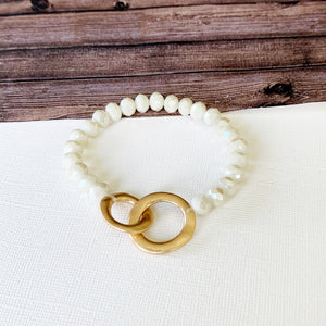 Boutique Bracelet Collection :: Layria White Infinity Link Bracelet