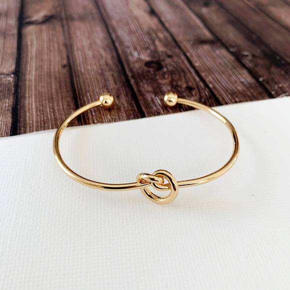 Cable Bracelet Collection :: Molly Love Knot Gold