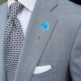 Bassin and Brown Spotted  Flower Jacket Lapel Pin - Blue/White
