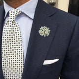 Bassin and Brown Spotted  Flower Jacket Lapel Pin - White/Black