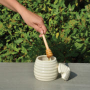 Load image into Gallery viewer, Honey pot with honey dipper