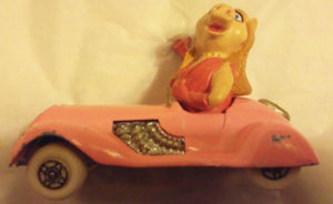 Corgi Toys 2032-A1 Diecast Metal Muppets Miss Piggy Sports Car 1979 Great Britain