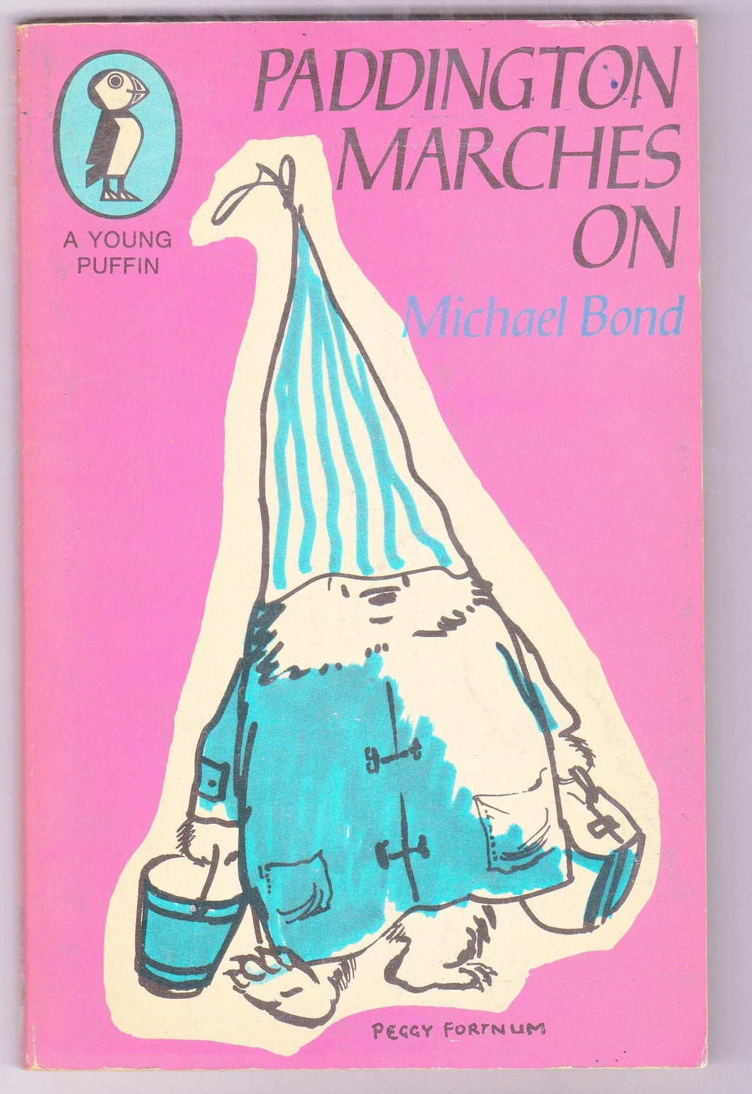 Paddington Marches On Michael Bond Paperback Young Puffin Edition Great Britain 1971 - TulipStuff