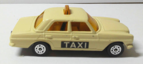 Corgi Juniors 52-B Mercedes-Benz 240D Taxi Cab Made in Great Britain 1976 - TulipStuff
