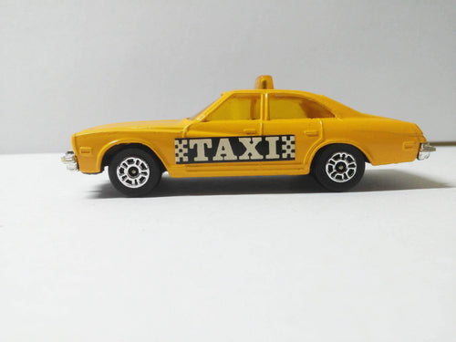 Corgi Juniors 14-D Buick Regal Taxi Diecast Yellow Cab Made in Great Britain 1977 - TulipStuff