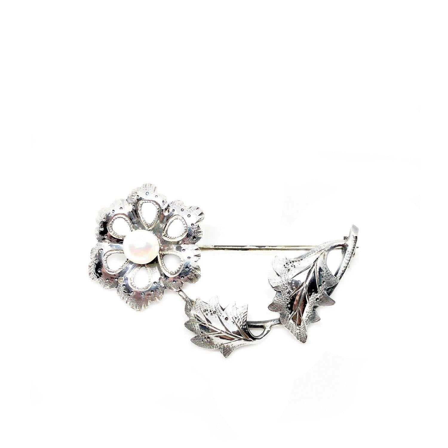 Flower Japanese Akoya Cultured Saltwater Pearl Brooch- Sterling Silver