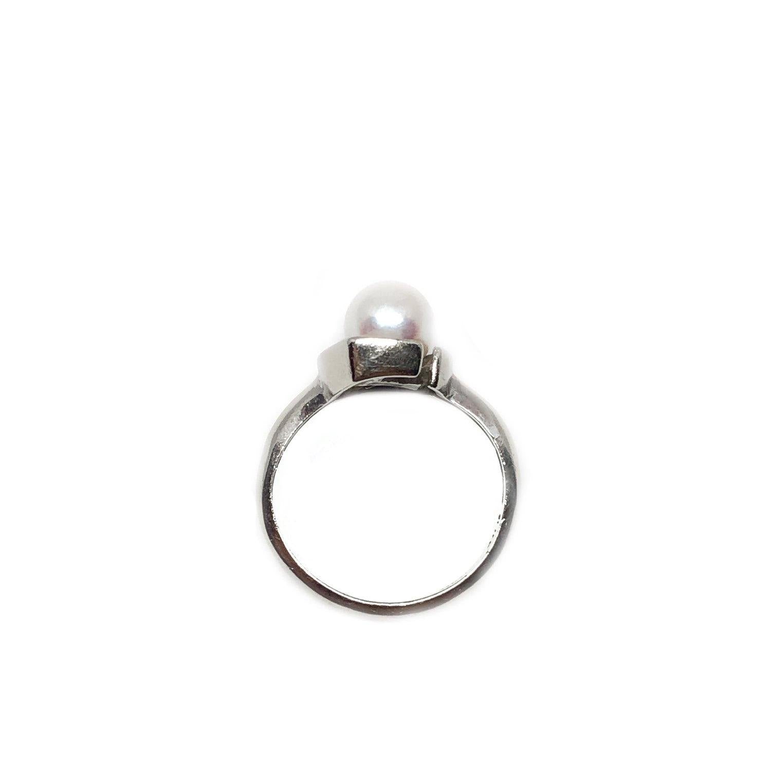 Retro Mid Century Japanese Saltwater Akoya Cultured Pearl Diamond Ring- 10K White Gold Size 4.50