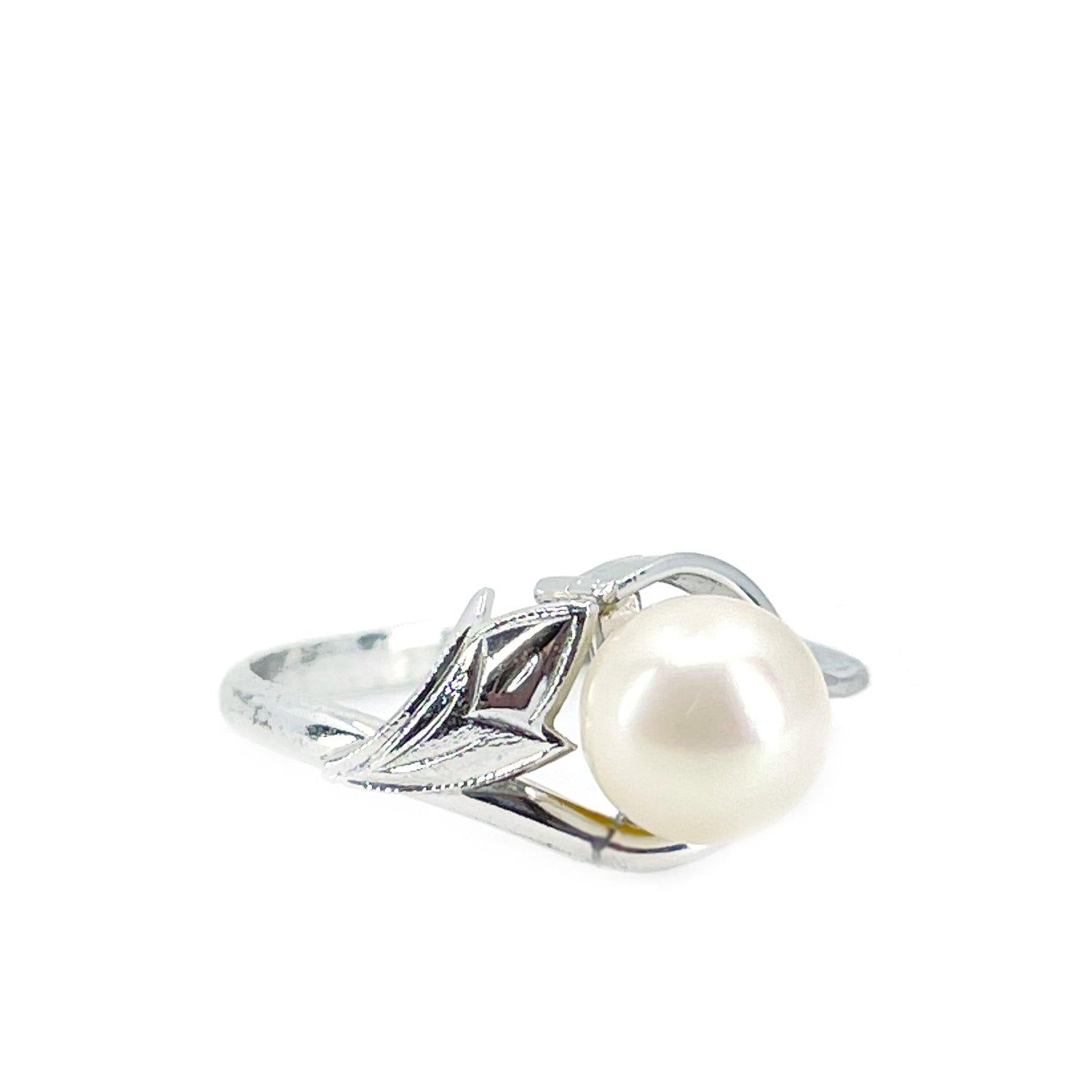 Engraved Leaf Japanese Saltwater Blue Akoya Cultured Pearl Ring- Sterling Silver Sz 7