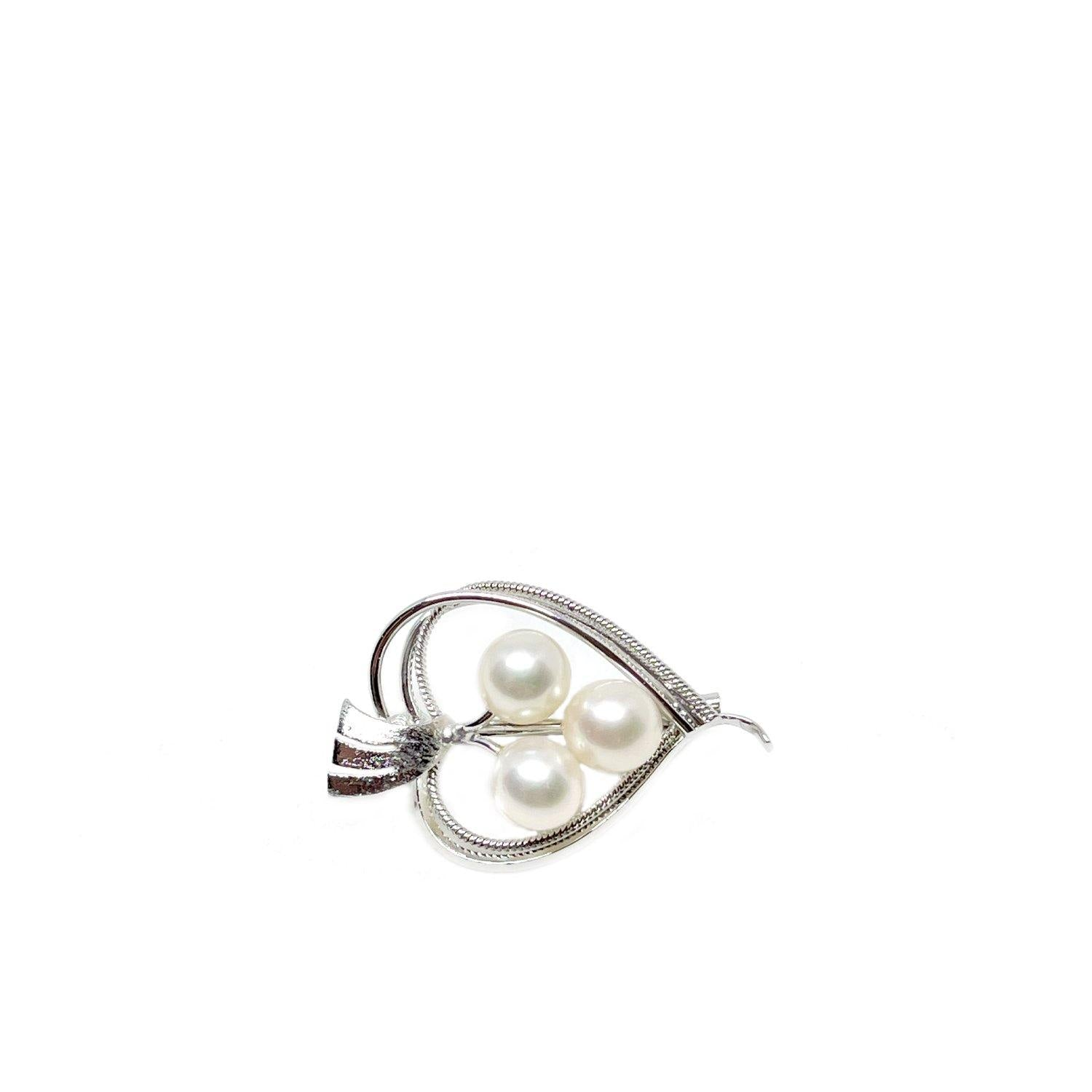 Petite Heart Japanese Saltwater Akoya Cultured Pearl Brooch- Sterling Silver