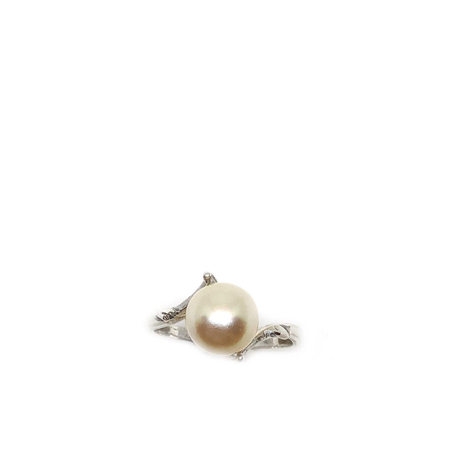 Petite Japanese Saltwater Cultured Yellow Akoya Pearl Ring- Sterling Silver Sz 4 1/2 - Vintage Valuable Pearls