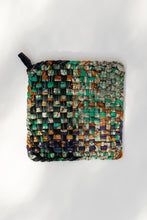 Load image into Gallery viewer, Recycled Sari Pot Holder