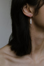 Load image into Gallery viewer, Daria Earrings