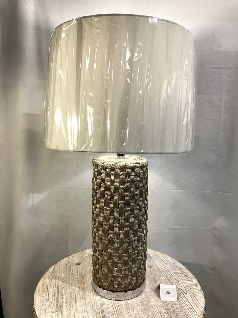 CAY TABLE LAMP
