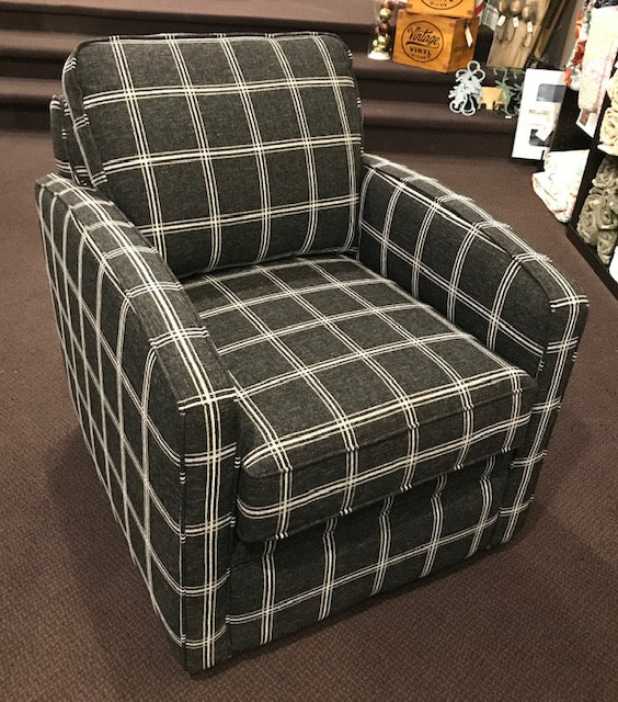 37 RIMINI SWIVEL CLUB CHAIR