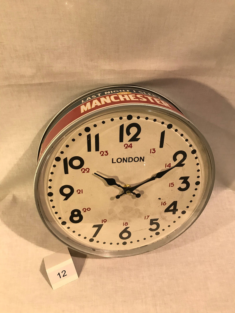RED FLAME MANCHESTER LONDON WALL CLOCK