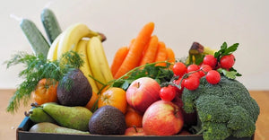 FRUIT AND VEGETABLE BOX-FAMILY SIZE
